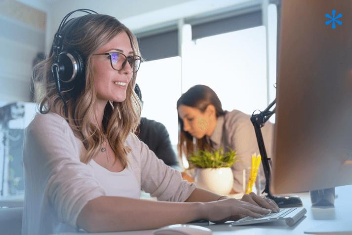 Travailler en musique : un duo efficace ?