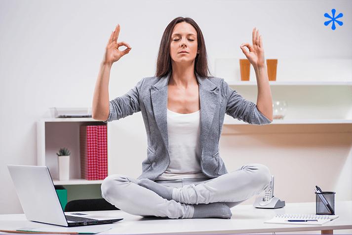 Méditation: 6 exercices faciles à faire au bureau